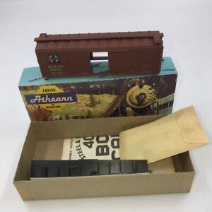 Athearn HO Scale 5231 Santa Fe A. T. S & F 40 Ft. Wood Box 122998 - kit