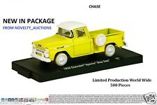M31 11228 34 M2  AUTO DRIVERS 1958 CHEVROLET APACHE STEP SIDE CHASE YELLOW CHEVY