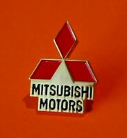 Pin's Lapel pin's pin Auto voiture Logo MITSUBISHI MOTORS Base doré