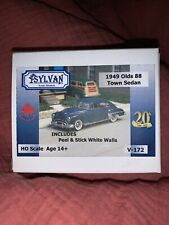 "HO SCALE: 1949 OLDSMOBILE ""ROCKET 88"" 4-DOOR TOWN SEDAN by Sylvan-Kit V-172"