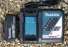 Makita Chargeur de Batterie Rapide au Lithium Avec Une Batterie 18V-5Ah