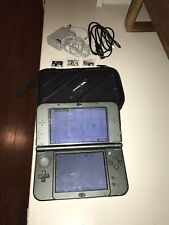 Nintendo 3DS XL Black w/ 4GB , 3 Games and case.