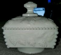 WESTMORELAND PANEL GRAPE MILK GLASS GRAPES AND LEAF BEADED HONEY DISH WITH LID