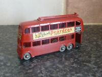 VINTAGE LESNEY MATCHBOX 1-75 SERIES No.56a LONDON TROLLEY BUS DRINK PEARDRAX