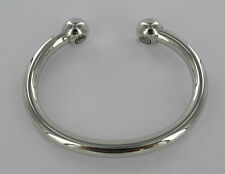SHINY MAGNETIC WHITE COPPER TORQUE BANGLE BRACELET. HEALTH/ARTHRITIS PAIN RELIEF