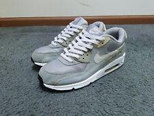 "Nike Air Max 90 ""Gray/White"" (Size 9)"
