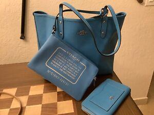 COACH Reversible City Tote Bag & Pouch Blue/ Black W Stars & Zipper Wallet
