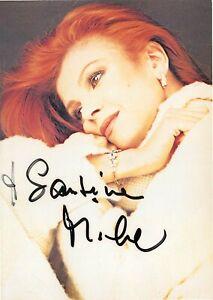 Autografo cantante Milva ovvero Maria Ilva Biolcati (Goro, 1939 - Milano, 2021)