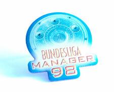Championnat manager 98 pin badge (an239)
