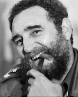 FIDEL CASTRO FORMER CUBAN LEADER - 8X10 PHOTO (RT379)