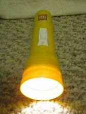 1998 Eveready Yellow Plastic Cenntenial Flashlight Made in USA  # 32