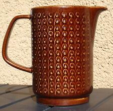 Braun Krüge & Kannen aus Keramik