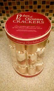 12 DAYS OF CHRISTMAS SET OF 12 CRACKERS  NEW BOXED SNAP JOKE HAT TRIVIA CHARADES