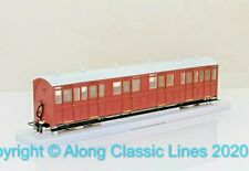 Peco GR-400U 00-9 Composite Coach Unlettered Indian red