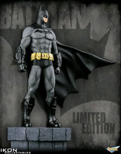 Batman: Arkham City - Batman 1:6 Scale Limited Edition Statue