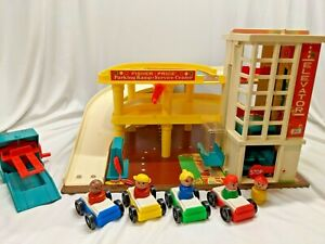 Vintage 1970 Fisher Price Play Family Action Garage with Box Little People VGC