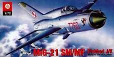 MiG 21 MF/SM FISHBED J  (POLISH & SOVIET AF MARKINGS) 1/72 PLASTYK