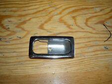MERCEDES 123 COUPE CROMO bacino delle aiuole Bloccaggio porta interna sinistra e destra