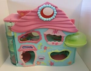 2005 LPS Biggest Littlest Pet Shop play house