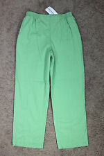 NWT Womens Alfred Dunner Summer Haze Celery Green Casual Cropped Pants size 10