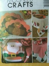 McCall's Sewing Pattern-HOLIDAY TABLE SETTINGS-Thanksgiving-Christmas-Fall-Uncut