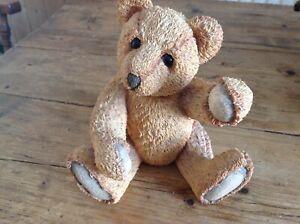 Sherratt and Simpson large sitting bear left paw up figurine 56936
