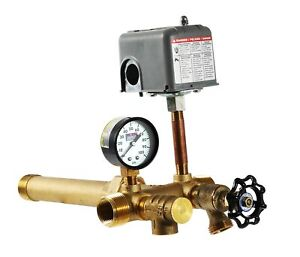 """Plumb eeze Pressure Tank Installation Kit with 1"""" Brass Union tank tee to fit..."""