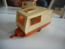 Majorette Caravan in White/Orange on 1:36
