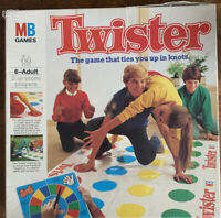 Twister Game Hasbro MB Games Vintage Complete Family Party Game