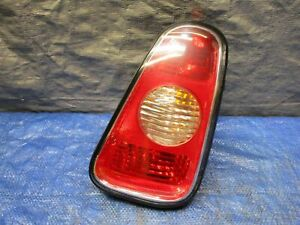 2002-2004 MINI COOPER S R50 R53 REAR RIGHT PASSENGER TAIL LIGHT ASSEMBLY
