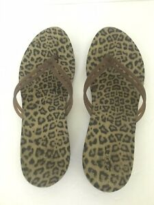 Crocs Flip Flops Size Womens 6 Cheetah Brown Thong Double Strap