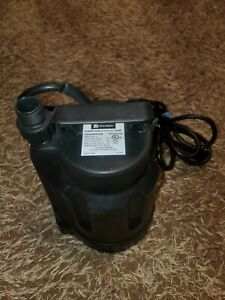 Utility Utilitech Thermoplastic Submersible Utility Pump 1/6 HP, 0955646