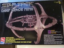 Star Trek Deep Space Nine Station Model Kit With Fibre Optic Lighting by AMT