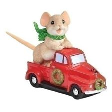 Charming Tails Christmas Mouse In Red Truck With Wreath New 2020 133491