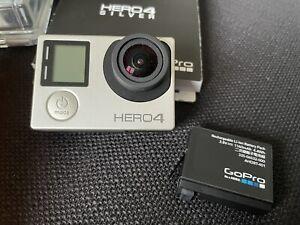 GoPro Hero 4 Silver inkl Zubehörpaket und Zusatzakku
