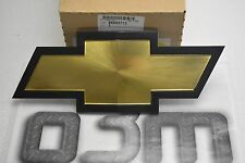 2001-2002 Chevrolet Silverado 2500 3500 Gold Bow Tie Front Grille Emblem OEM new