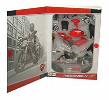 Maisto - DUCATI MONSTER 696 (2011) - Assembly Line Kit Model Scale 1:12