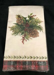 C.R. Gibson 32 Pc ADIRONDACK HOLIDAY Guest or Dinner Napkins
