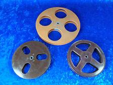 3 Stk. 16 mm Filmspulen, 1x 300 Met. 2x 120 Met. Kunststoff Mit Gebrauchsspuren.
