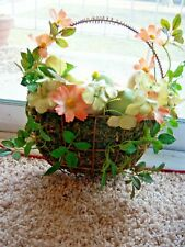 Decorative Easter Wire Basket Wall Hanging Wall Pocket Eggs Flower Free Shipping