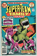 SUPER-TEAM FAMILY GIANT #8 - Jan 1977 - Challengers of the Unknown, Doom Patrol