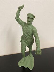 "6"" Russian (1963) Louis Marx soldier"