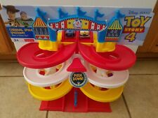 Fisher-Price Disney Pixar Toy Story 4 Spiral Speedway Race Track NEW Woody