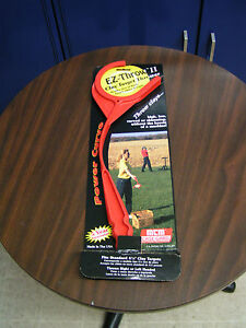 """EZ-THROW II CLAY TARGET THROWER FOR STANDARD 4.5"""" TARGETS - NEW IN PACKAGE"""