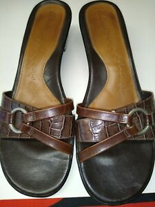 Clarks Artisan Womens Brown Leather Sandals Slides Slip On Shoes Size 7.5