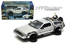 WELLY 1:24 BACK TO THE FUTURE II DELOREAN TIME MACHINE FV DIE-CAST SILVER 22499