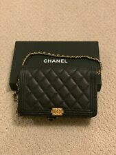 ✧✩✧✩✧✩✧✩100% authenticCHANEL WALLET ON CHAIN BOY QUILTED BLACK COLOR CROSSBODY