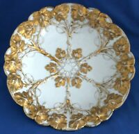 Meissen Early Rococo Gold Gilt Shallow Bowl Painted Raised Gold Grape Leaves