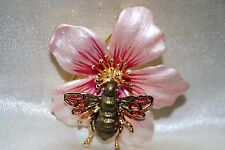 Bee On Flower Pin Brooch Antique Gold Amber Wings Colored Enamel Pink Petal BP12
