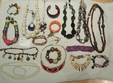 Joblot jewellery modern vintage fashion necklaces bracelets bibs faux pearl